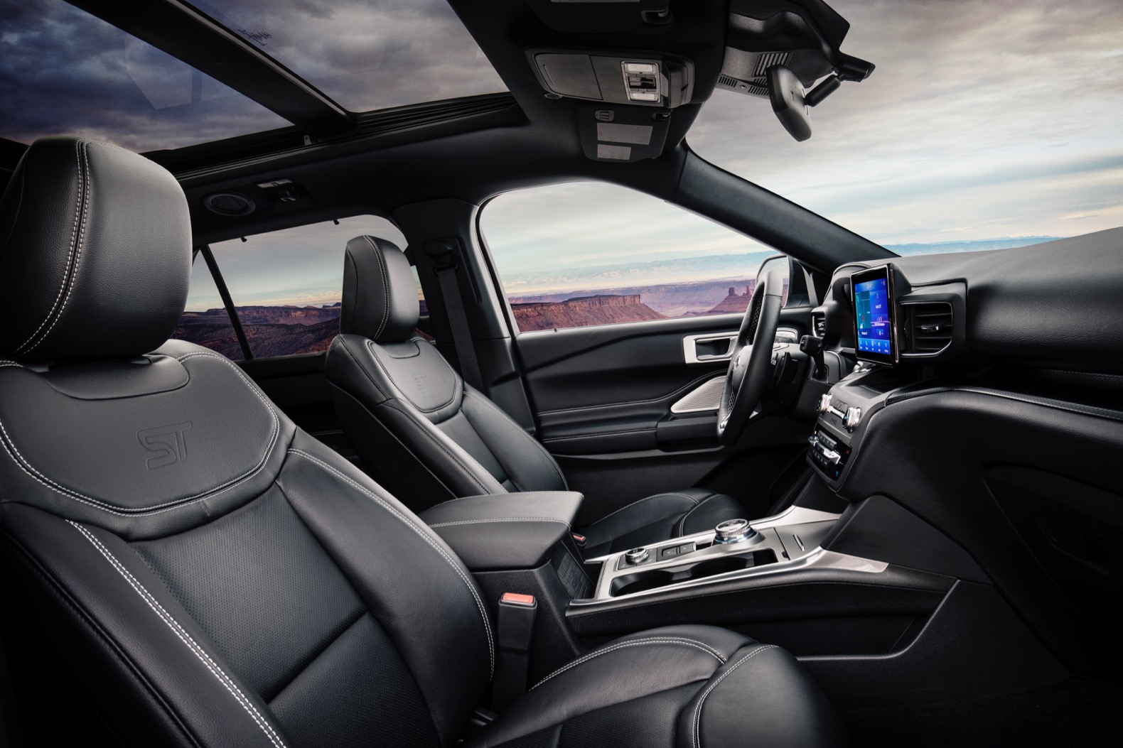 2020 Ford Explorer St And Hybrid Debut In Detroit The