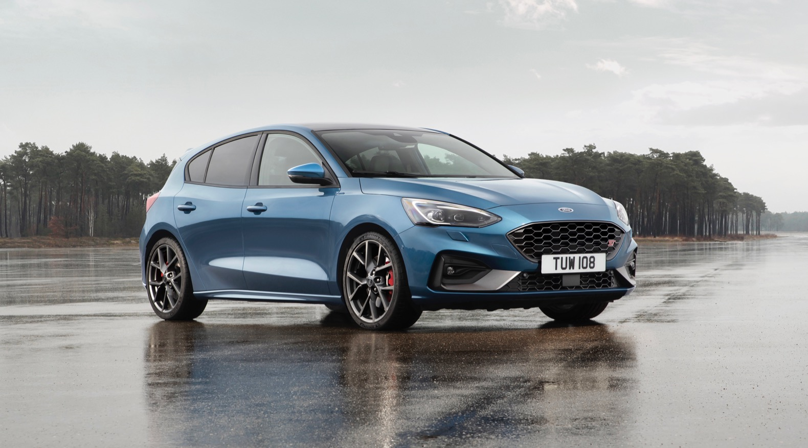 2019 ford focus st revealed but it 39 s not for america. Black Bedroom Furniture Sets. Home Design Ideas