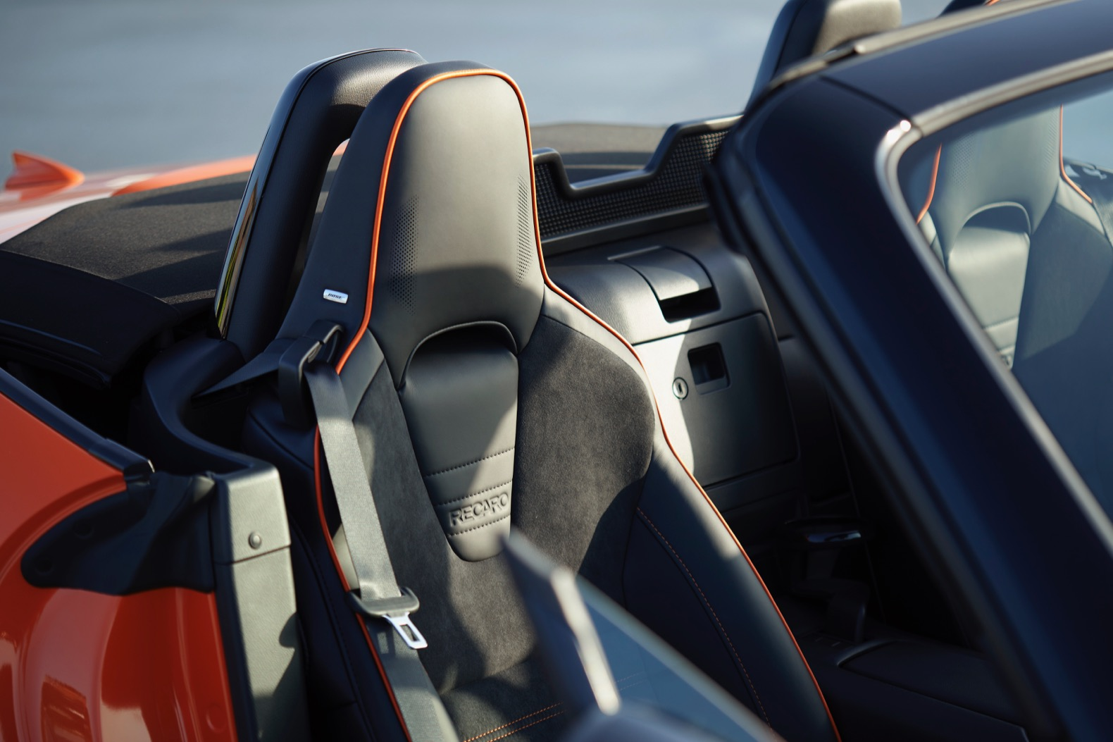 2019 mazda mx 5 miata 30th anniversary edition sells out in 4 hours the torque report. Black Bedroom Furniture Sets. Home Design Ideas