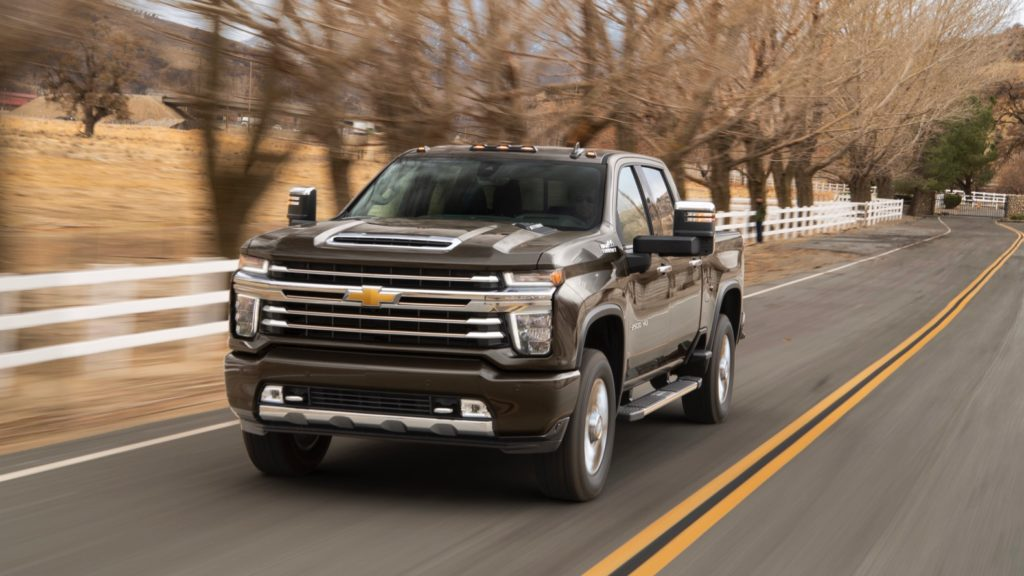 2020 Chevy Silverado Hd Can Tow Up To 35 500 Lbs And Gets