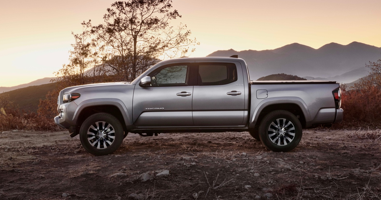 Toyota Tacoma Trd Sport >> 2020 Toyota Tacoma gets a small facelift | The Torque Report