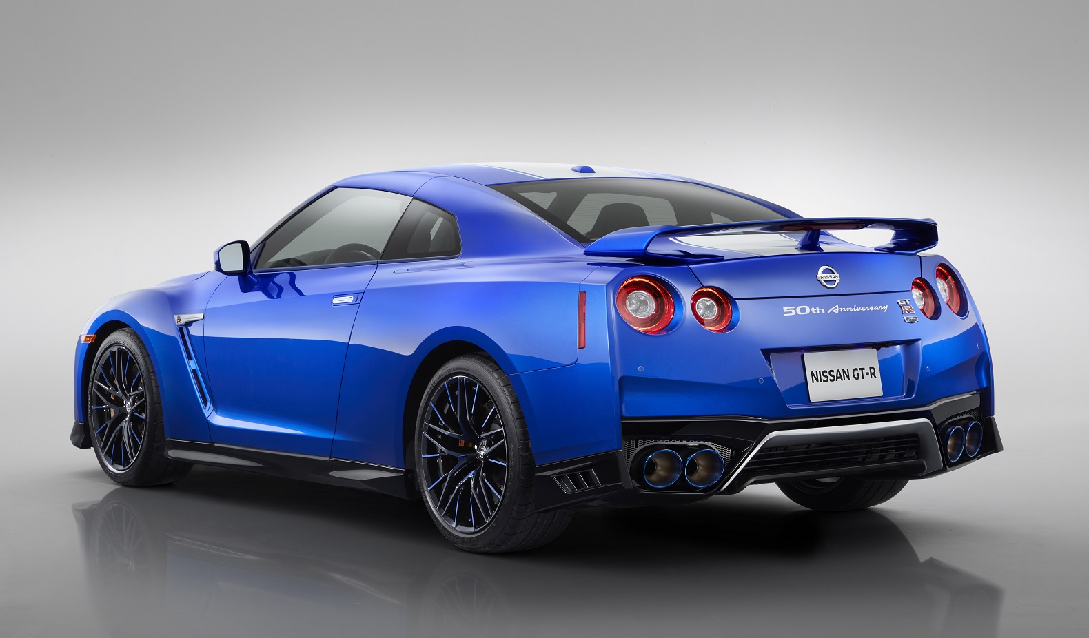 2020 Nissan GT-R starts at $115,235 | The Torque Report