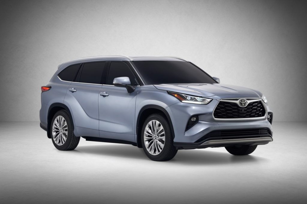 2020 Toyota Highlander debuts in New York with a bolder ...