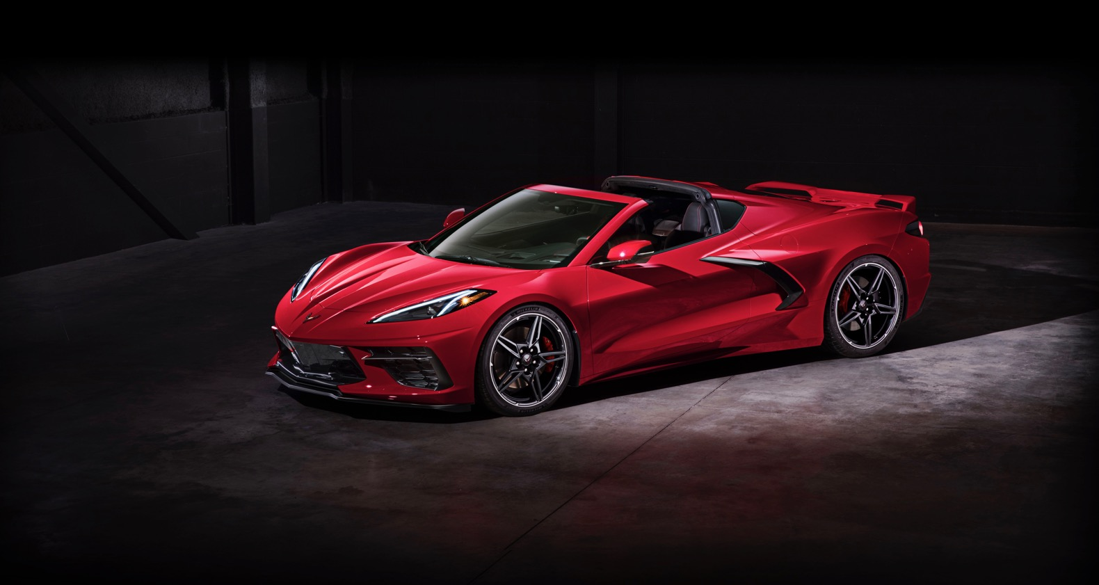 2020 Chevy Corvette Stingray is now rolling off the ...