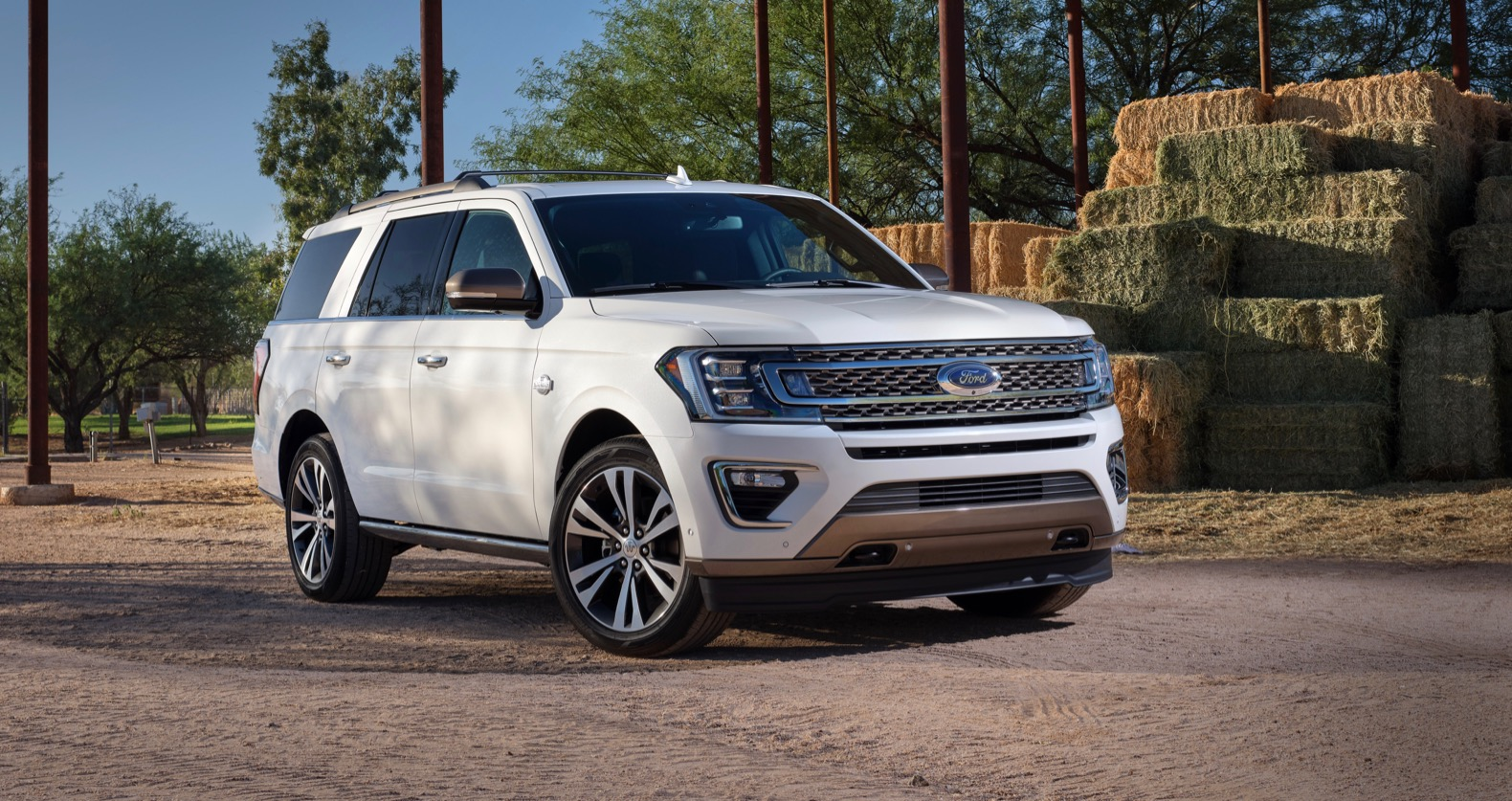 2020 Ford Expedition King Ranch Is Western-inspired