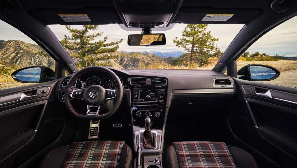 2019 VW Golf GTI Review