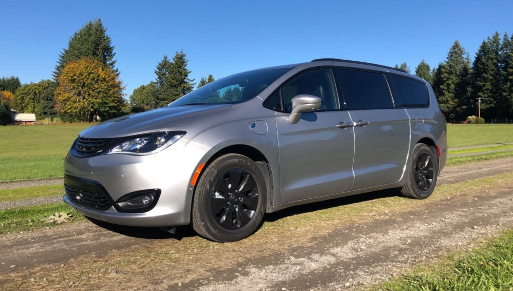 2020 Chrysler Pacifica Hybrid Review