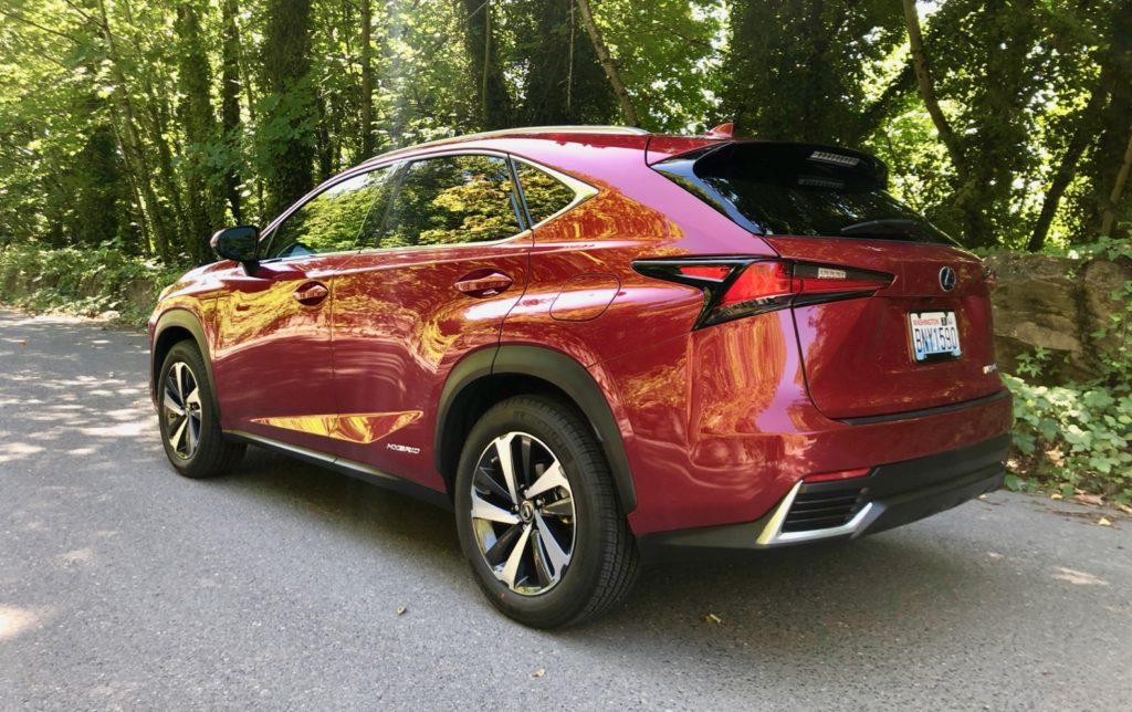 2020 Lexus 300h Review