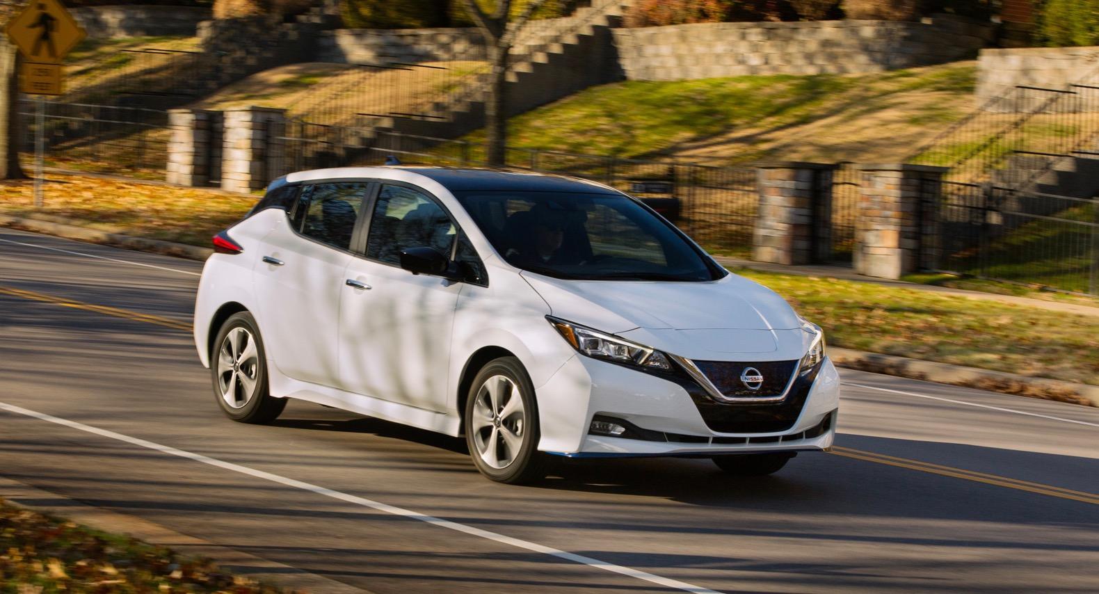 2020 nissan leaf gets standard driver assistance tech