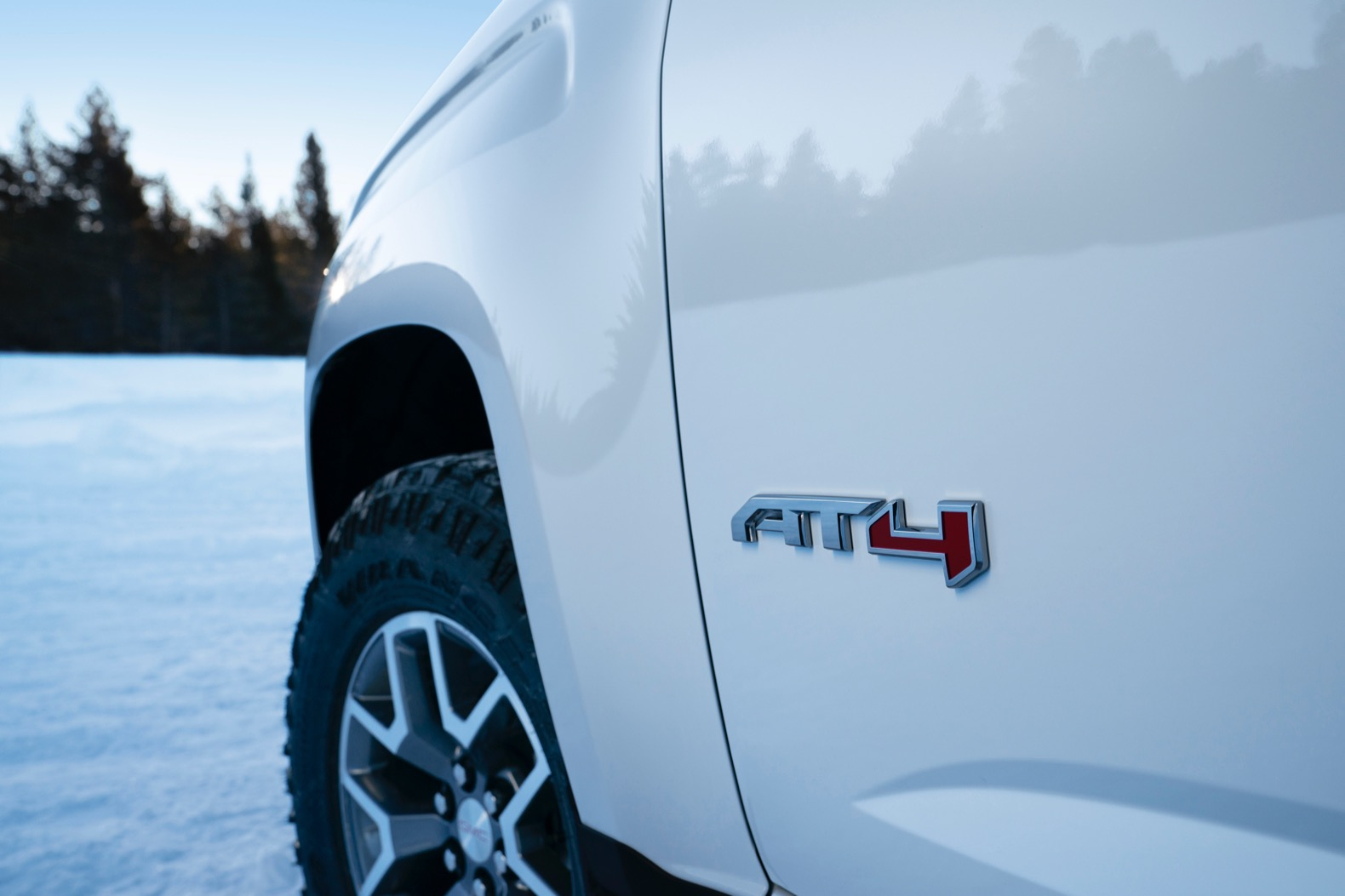 2021 gmc canyon at4 is ready for the snow  the torque report