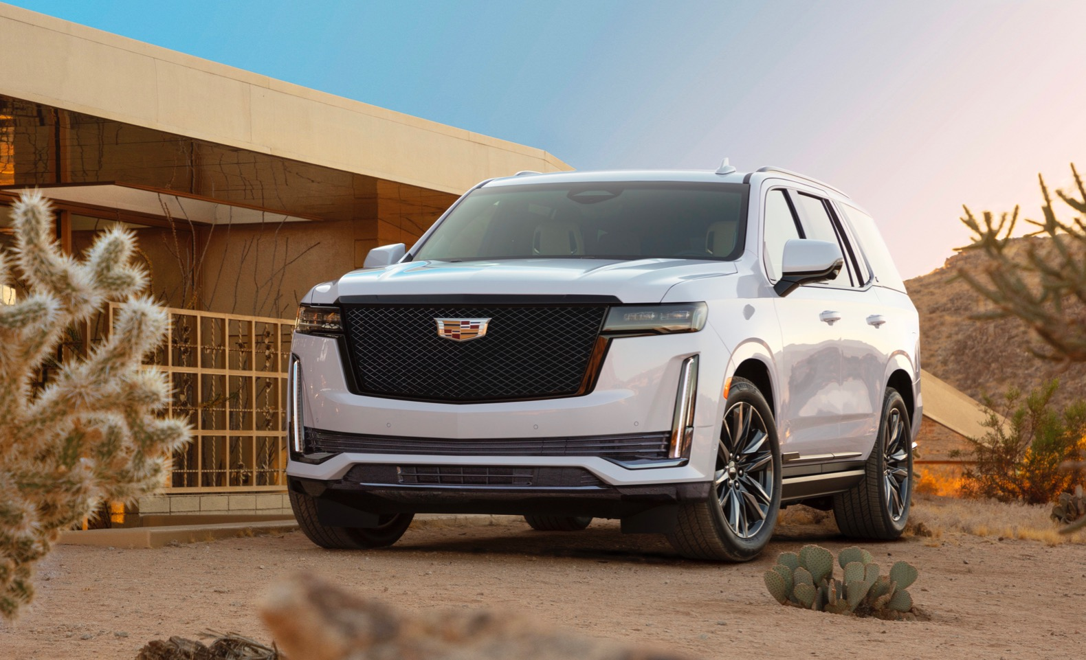 2021 cadillac escalade arrives with more room and more