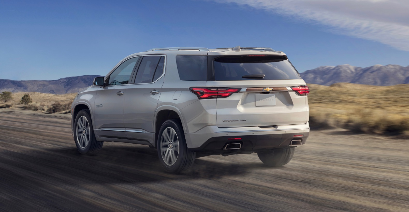 2021 Chevy Traverse gets a facelift with an updated ...