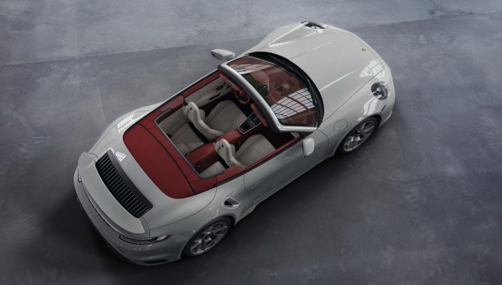 Porsche 911 two-tone interior