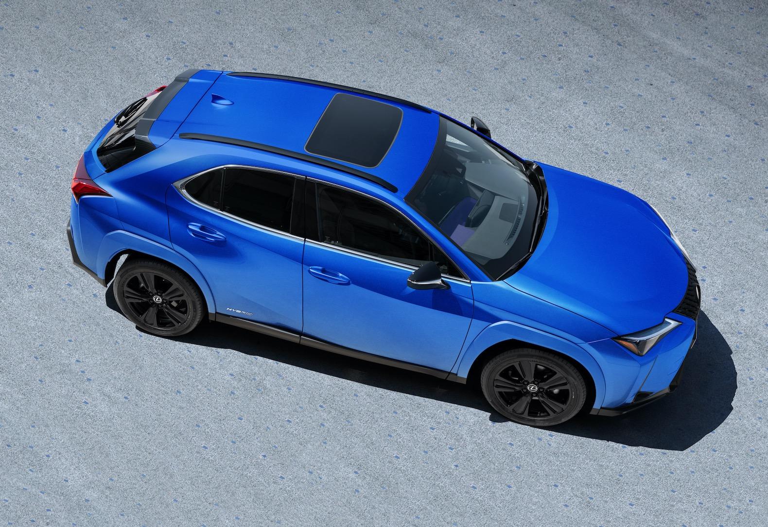2021 Lexus UX 250h Black Line Special Edition looks ...